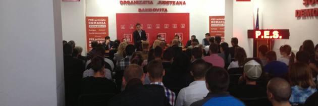 Dezbatere Garanția pentru Tineret la Dâmbovița