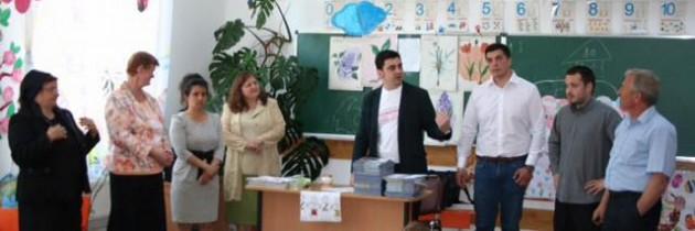 """Șansa la cultură""- PES Activists Suceava"