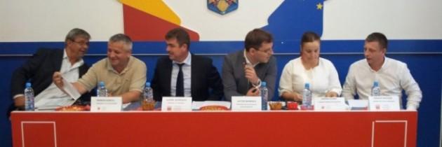 Dragoş Năstăsie reales preşedinte PES Activists Mehedinţi