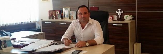 """Vasilică Harpa, primar Târgu Neamț semnează petiția """"România cere Schengen"""""""
