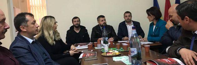 """Dezbaterea """"NOI și UE"""" organizată astăzi împreună cu râmniceni din PES activists Buzău"""